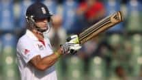 India vs England 2012 Live Cricket Score: England look to take lead