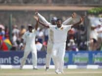 Rangana Herath puts Sri Lanka on top as New Zealand lose eight wickets