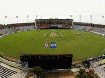 Ranji Trophy 2012: Amol Muzumdar guides Andhra Pradesh to 240 against Goa