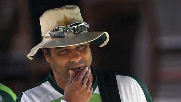 Waqar Younis: Pakistan cricket will suffer if administartion does not stabilise soon