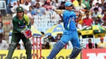India vs Pakistan 2012: Misbah-ul-Haq praises MS Dhoni's gritty knock in first ODI