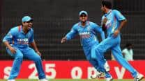 Live Cricket Score India vs Pakistan 2012-13: Second ODI match at Kolkata