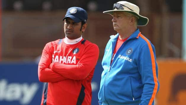 MS Dhoni defends Duncan Fletcher, says utmost responsibility lies with players