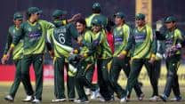 Pakistan team welcomed by elated fans after series win in India