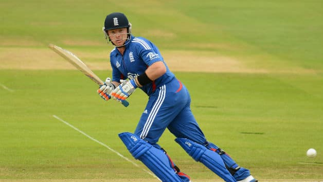 Ian Bell century lifts England to huge total against Delhi
