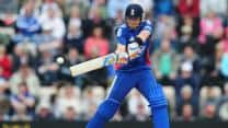 England batsmen post mammoth total of 325 in the first ODI at Rajkot