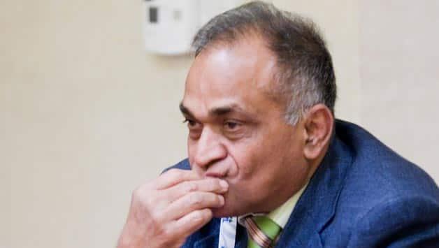 BCCI Vice President Niranjan Shah pays tribute to Rusi Surti
