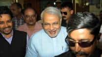 India vs England 2012-13: Congress workers burn effigies of JSCA president at Ranchi