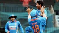 Live Cricket Score India vs England 2012-13: Third ODI match at Ranchi