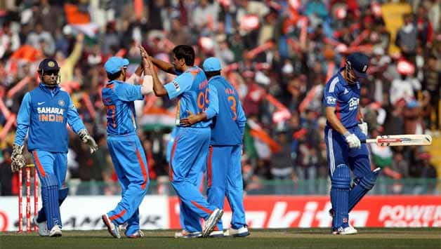 India vs England 2012-13: Teams arrive at Dharamsala for fifth ODI