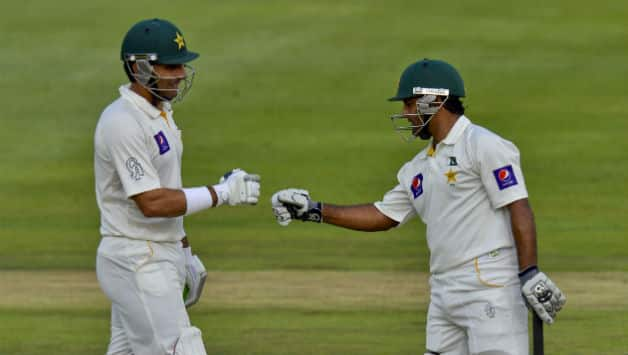 South Africa vs Pakistan 2013: Misbah and Shafiq delay inevitable
