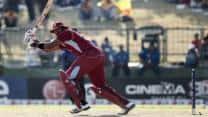 Kieron Pollard's valiant knock takes West Indies to 220 against Australia