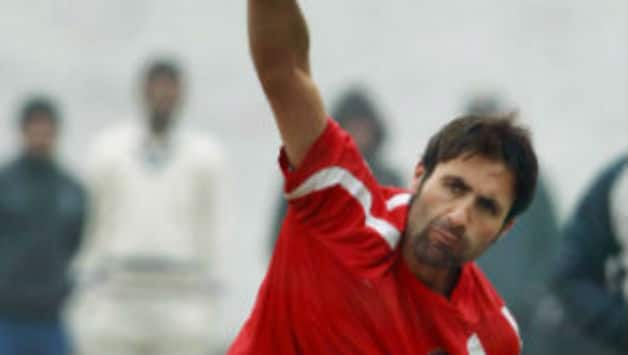 Parvez Rassol signs for Pune Warriors