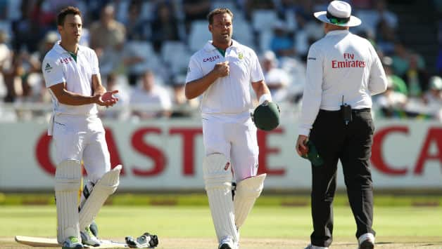South Africa vs Pakistan 2013: ICC accepts umpiring error in Jacques Kallis dismissal