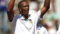 South Africa in command after quick wickets against Pakistan at Lunch on Day Four