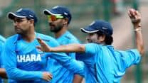 India vs Australia 2013: Hosts look to extend lead in Hyderabad Test
