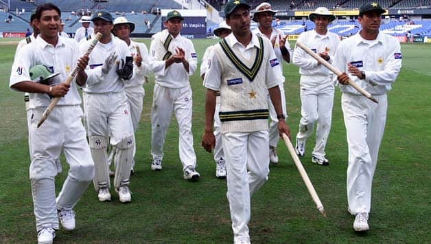 When Mohammad Sami and Saqlain Mushtaq engineered a sensational collapse in the New Zealand second innings