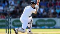 Compton, Trott guide England towards huge total against New Zealand