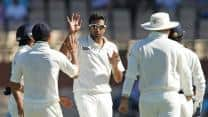 Australia crumble to 153/7 against India at tea on Day 1 of Delhi Test