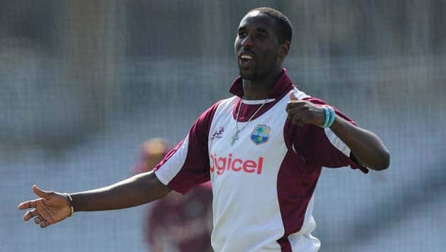 Shane Shillingford relishes breaking Courtney Walsh's record during 2nd Test against Zimbabwe