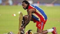 IPL 2013: Chris Gayle, Tillakaratne Dilshan undergo first training session
