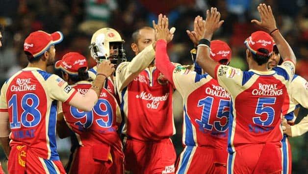 IPL 2013: Dinesh Karthik's brilliance seals thriller for Mumbai Indians against Bangalore