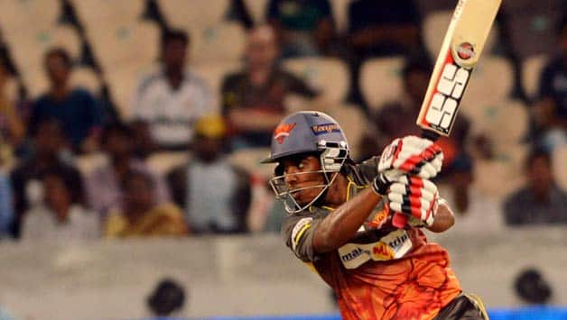 IPL 2013 Live cricket score, SRH vs RCB at Hyderabad: Sunrisers lose two quick wickets