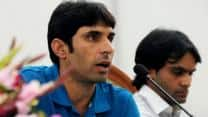 Misbah-ul-Haq, Mohammad Hafeez deny rift in Pakistan team