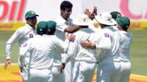 Pakistan likely to increase cricketers' pay for Test matches