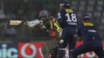 IPL 2013: Sunrisers Hyderabad scrape past Delhi Daredevils to hand fourth straight loss
