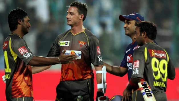 Amit Mishra escapes from becoming first batsman in IPL to be dismissed obstructing the field