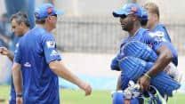 IPL 2013: Mumbai Indians' many talented players cause selection dilemma for John Wright