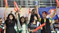 IPL 2013: Coca Cola tries to get one over Pepsi outside Feroz Shah Kotla