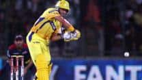 Michael Hussey and MS Dhoni propel Chennai Super Kings to 169/4 against Delhi Daredevils