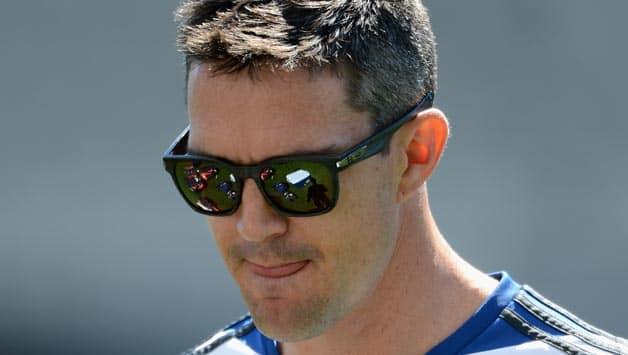 Kevin Pietersen's record puts pressure on England batsmen, says Alastair Cook