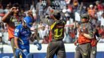 IPL 2013: Sunrisers Hyderabad stifle Mumbai Indians' powerful batting line-up