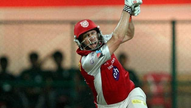 IPL 2013: David Hussey still hopeful of qualifying for play offs