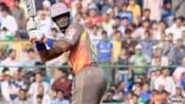 Sunrisers Hyderabad cruise to six-wicket victory over Delhi Daredevils