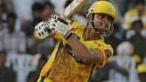 Suresh Raina, Michael Hussey decimate Sunrisers Hyderabad bowlers to score 223/3