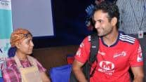 IPL 2013: Irfan Pathan and Mahela Jayawardene meet cancer patient