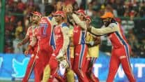 IPL 2013: RCB keep playoffs chances alive with 24-run win over CSK in rain-curtailed match