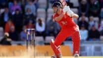 ICC Champions Trophy 2013: Jonathan Trott puts winning above personal records