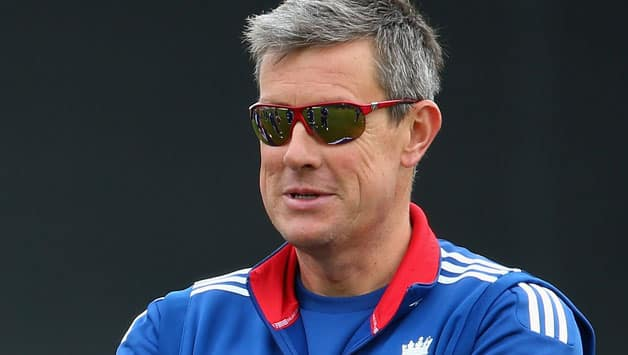 ICC Champions Trophy 2013: Ashley Giles hopes to see England play their