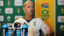 Gary Kirsten hopes for South African victory in crucial game against Pakistan