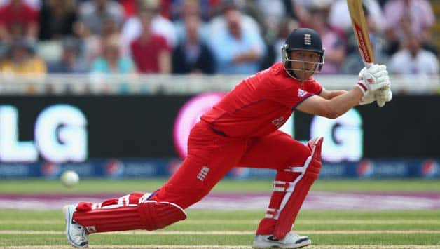 England sweating over Jonathan Trott's fitness ahead of crunch tie against New Zealand