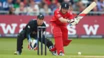 ICC Champions Trophy 2013: New Zealand win toss, elect to field against England