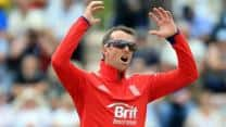 England sweating over Graeme Swann's fitness ahead of semi-final clash against South Africa