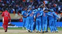 India clinch ICC Champions Trophy 2013 after snatching thrilling 5-run win over England