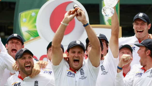 Ashes 2013: England should not descend to Australia's level, says Andrew Strauss