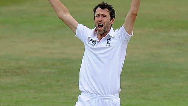 The Ashes 2013: Graham Onions included in England squad for 1st Test, Nick Compton left out